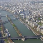 Paris, un weekend cât o vacanţă