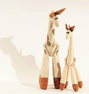 Jucăriile prind viață în atelierul Pamelei pam 2 380x400