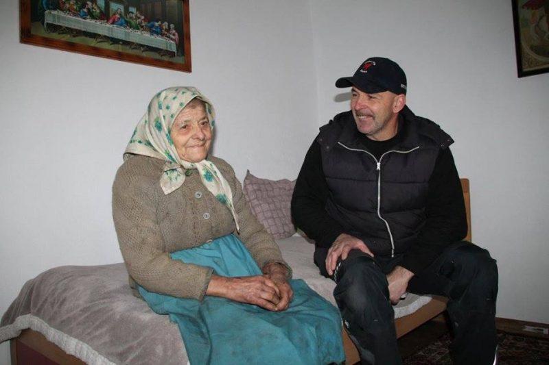 bunica tamara Bunica Tamara, un an nou în casă nouă bunica tamara 6 800x533